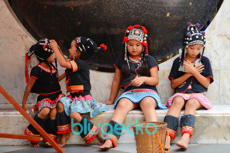 Hmong girls at Doi Suthep